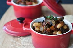 Vegetarian Mushroom & Cannellini Bean Ragout Recipe - Cookin' Canuck