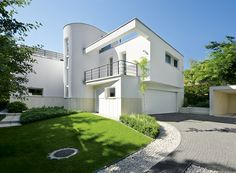 bauhaus modern house vraca limestone in Hungary