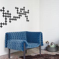 041, Wall Fixtures Designer : Pierre Lapeyronnie | Ligne Roset