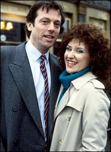 Den and Angie Watts played by Leslie Grantham and Anita Dobson. Uk Tv, Soap Stars, Tv Soap, Mullets, Your Wife, Freddie Mercury, The Duff, My Childhood, Real Life