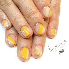 いいね!47件、コメント1件 ― LAURA POMPONNEE 表参道さん(@laura_pom)のInstagramアカウント: 「おすすめデザインをカラーチェンジ . 03-6433-5015 LINE ID[aho7549o] LINEからもお問い合わせいただけます。 . #nail #nailart #nails…」