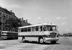 Ikarus 620 Busse, Commercial Vehicle, Nice Cars, Old Cars, Budapest, Cars And Motorcycles, Trucks, History, Retro