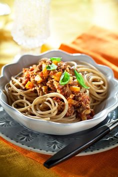 Quorn-bolognesekastike | K-ruoka #kasvisruoka