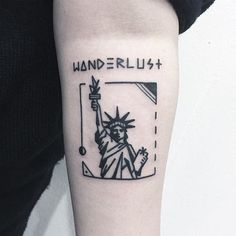 ideas travel tattoo sleeve ink for 2019 Statue Of Liberty Drawing, Statue Of Liberty Tattoo, Leg Tattoos, Sleeve Tattoos, Tatoos, Leg Sleeves, Art Bag, Travel Clothes Women, Minimal Tattoo