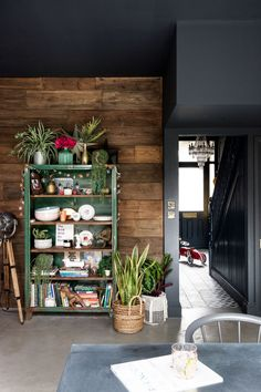 Industrial Vibe #15 | Livingetc Victorian Terrace, Victorian Homes, Modern Victorian, Victorian Decor, Dark Color Palette, Dark Colors, 21st Century Homes, Mid Century, Traditional Tile