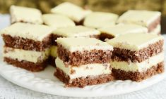Best Pastry Recipe, Pastry Recipes, Cookie Recipes, Dessert Recipes, Romanian Desserts, Apple Recipes Easy, Sweet Tarts, Healthy Cookies, Food Cakes