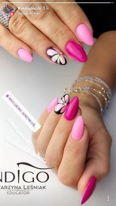 Happy pink and magenta floral nail art design. Gorgeous Nails, Pretty Nails, Fabulous Nails, Nail Manicure, Gel Nails, Acrylic Nails, Classy Nails, Stylish Nails, Rose Gold Nails