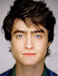 Daniel Radcliffe by Martin Schoeller Celebrity Photos Martin Schoeller, Celebrity Faces, Celebrity Gallery, Celebrity Portraits, Celebrity Photos, Famous Portraits, Daniel Radcliffe, Hollywood Glamour, Kino Theater