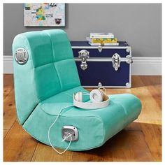 Girls Bedroom Furniture, Bedroom Chair, Bedroom Decor, Bedroom Ideas, Comfy Bedroom, Bedroom Dressers, Bed Furniture, Luxury Furniture, Kids Bedroom
