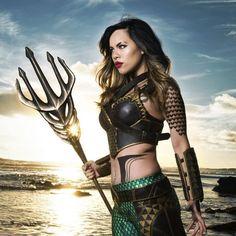 This Female 'BvS' Aquaman Cosplay Is Stunning