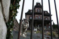 Maison supposée hantée au 1, avenue Frochot 75009 Paris.