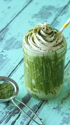 When you turn a Philly cream cheese-based green tea dessert into a decadent frozen drink, you know it's gonna be good. Milk Recipes, Dessert Recipes, Desserts, Turmeric Ginger Tea Recipe, Turmeric Tea, Moon Milk Recipe, Margarita Bebidas, Green Tea Dessert, Tastemade Recipes