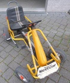 Kettcar Pedal Car - My brother had just t. Kettcar Pedal Car – My brother had just that here Thi 90s Childhood, Childhood Memories, Sweet Memories, 80s Kids, Kids Toys, Karting, Radios, Retro, Good Old Times