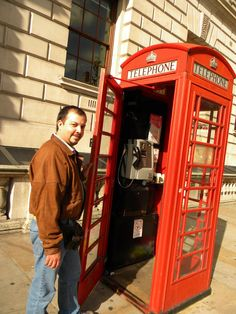 Foto: Ricardo Ramirez Telephone, Landline Phone, Cabins, London, Phone