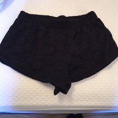 Black shorts ! Never worn ! Black cotton /nylon/spandex shorts ! Flower design ! Never worn! Xs H&M Shorts