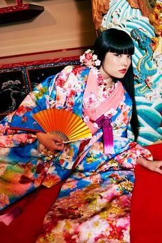 "M / mika ninagawa - ""和装"" Wedding 1st Collection | Mika Ninagawa Official Site"