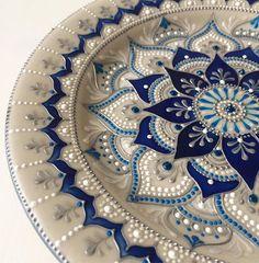 С добрым утром!!! Последний четверг года, друзья!!! С наступающим!!!!  #slastena_plates #crafts #newyearplate #lavkacraft