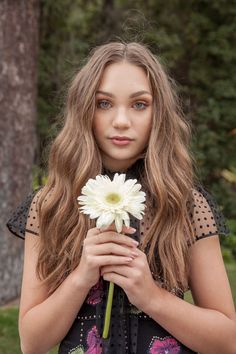 Maddie Ziegler at our #DaisyTime celebration wearing Marc Jacobs Pre-Fall '17