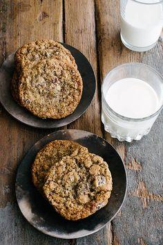 Delicious multi-grain chocolate chip cookie recipe from Kerrin Rousset on Design*Sponge #recipe #cookies #chocolate #multigrain #dessert #sweet
