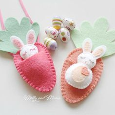 How would you like to stitch a gorgeous little chocolate-free Easter treat for the special little people in your life? The BITTY BUNNIES are the latest Molly and Mama felt design. Sew the tiny bunnies and their carrot sleeping bags in just a few hours. Make the little carrot into a