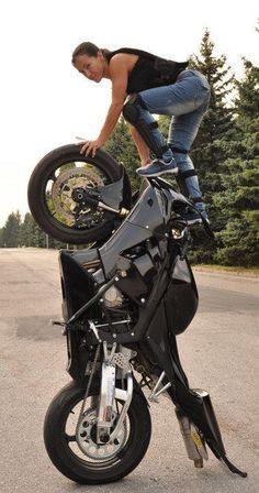 TuNinG added 3 new photos — with Fred Dijoux. Stunt Bike, Yamaha R6, Lady Biker, Biker Girl, Biker Baby, Chicks On Bikes, Moto Cafe, Motorbike Girl, Motorcycle Bike