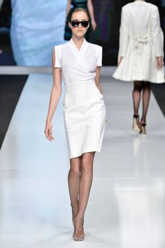 Moi Multiple Spring 2013 Ready-to-Wear Runway - Moi Multiple Ready-to-Wear Collection - ELLE