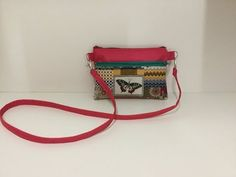 Coudre petite Pochette à bandoulière Couture Madalena - YouTube Top Manga, Sewing Online, Patches, Crossbody Bag, Pouch, Shoulder Bag, Youtube, Pattern, Handmade