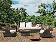 Perfect example of an deck integrated in nature.Unopiu collection via www.interieurs.com