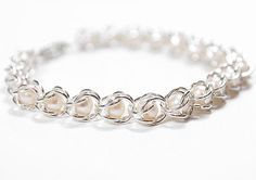 Chain maille bracelet with pearls tutorial