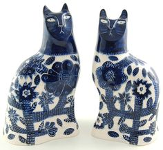 """Beautiful Blues"" cat figurines by Vicky Lindo S&Ps? Should be! Love these!"