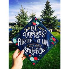 So honored to decorate @reedalyson 's graduation cap for her special day. So proud of you God Biggie, you're going to do amazing things! ❤️ #naugrad