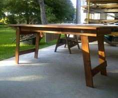 DIY Folding wood table.  Joel could make this for me in white. sjh