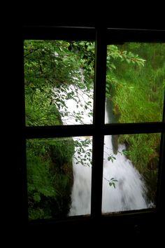 Waterfall  WWW.VILLARISSON.COM