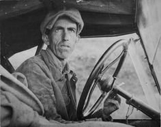 Photograph by Dorothea Lange: Ditched, Stalled, and Stranded, San Joaquin Valley, California They were hoping for work and a better life during the Great Depression. Documentary Photographers, Famous Photographers, Marie Curie, Vintage Photography, Street Photography, Film Photography, Landscape Photography, Nature Photography, Travel Photography