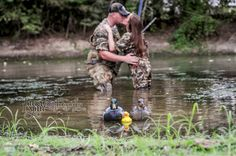 SUPER CUTE pregnancy announcement Photo by Traci Lynn Photography… Maternity Pictures, Baby Pictures, Baby Photos, Pregnancy Announcement Photos, Pregnancy Photos, Baby Announcements, Hunting Baby, Baby On The Way, Second Baby