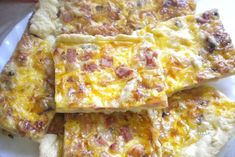 Czech Recipes, Ethnic Recipes, Quiche Lorraine, Hawaiian Pizza, Lasagna, Ham, Macaroni And Cheese, Toast, Food And Drink