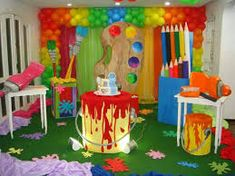 SUGESTÕES DE ORNAMENTAÇÃO PARA O TEMA: O MAIOR PINTOR DO MUNDO ESTÁ PINTANDO A NOSSA HISTÓRIA - Virtuosa School Decorations, Birthday Decorations, Art Party Decorations, Art Birthday, Birthday Parties, Play Doh Party, Kunst Party, Art Themed Party, Paint Themes