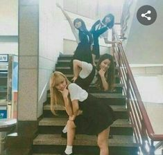 Image about fashion in Ulzzang by biy on We Heart It Mode Ulzzang, Korean Ulzzang, Ulzzang Girl, Best Friend Goals, Best Friend Photos, Friend Pictures, Cute Korean, Korean Girl, Asian Girl