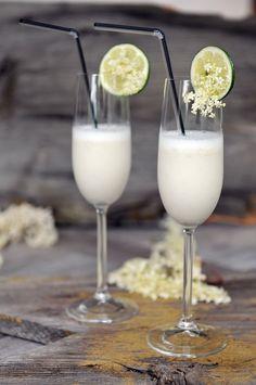Recept voor het maken van een sgroppino, een heerlijke sorbet van citroenijs, wodka en prosecco. Heerlijk als spoom of dessert.