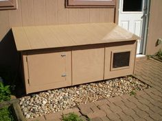 indoor/outdoor litter box
