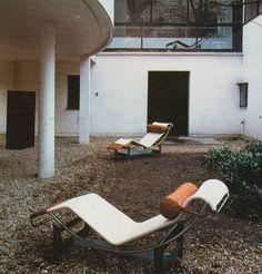 aqqindex:Le Corbusier, Courtyard