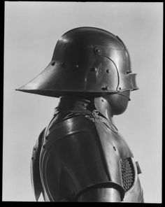 Armour - Art Curator & Art Adviser. I am targeting the most exceptional art! Catalog @ http://www.BusaccaGallery.com