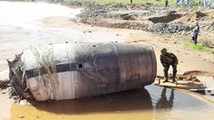 According got the Myanmar Times, an unidentified object fell from the sky near the Hpakant jade mine. Government officials say they have still not managed to identify what the object is and will send experts to evaluate it. A freakishly large, unidentified object made of metal fell from the sky in a remote mountainous region of Myanmar. The cylindrical UFO is approximately four meters in length and 1.5 meters in diameter. It crashed from the sky near a jade mine and villagers are reported…