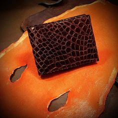 """http://ift.tt/1gcdIV4 An alligator wallet on a stingray """"bed"""" always made by hand in my creative workshop in southern Tuscany can make your exotic leather article to measure on request also cordovan shell products #alligatorwallet #stingraywallet #stingrayleather #alligatorleather #alligatorhandmade #crocodilewallet #crocodileleather #crocodileiphonecase #alligatoriphonecase #alligatorpurse"""