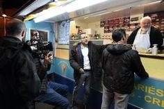 Cinéma - Tournage nocturne aux Moëres sur la Grand-Place qui a séduit Dany Boon http://vdn.lv/5DaWy8