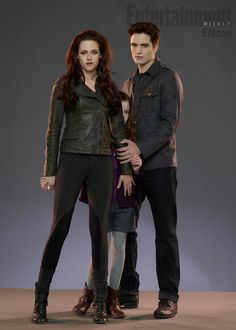 Vampire family - Bella, Renesmee & Edward.
