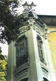 Torino #architetturaliberty · Pietro Fenoglio, villino Scott. nel film profondo rosso di Dario Argento #bowWindow
