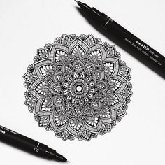 Back to work tomorrow in Barcelona. Currently taking inspiration from the beautiful Ancient Rome. // Art material used : Unipin & Mandala Doodle, Mandala Art Lesson, Mandala Canvas, Mandala Artwork, Mandala Drawing, Mandala Painting, Zentangle Drawings, Art Drawings, Zentangles