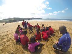 Seguimos con los cursos de surf en Baluverxa , la Escuela de Surf del Cabo Peñas , esta vez con la despedida de la primavera 2014 con el surfing de los Cursos con el CP La Canal del lunes y martes 16 y 17 de junio 2014 , todo el año con el mexor surfing ... http://youtu.be/ScZXb0ZmGEg