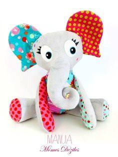 tuto éléphant manuia, tuto doudou éléphant, éléphant momes deziles Sewing Projects For Kids, Sewing For Kids, Sewing Crafts, Craft Projects, Baby Couture, Couture Sewing, Dou Dou, Handmade Soft Toys, Creation Couture
